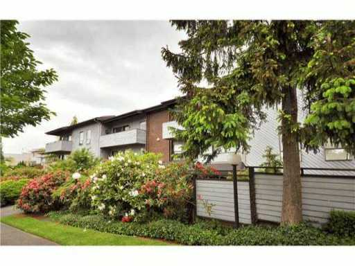 "Photo 8: 205 2277 MCGILL Street in Vancouver: Hastings Condo for sale in ""LANDMARK TERRACE"" (Vancouver East)  : MLS® # V832151"