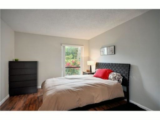"Photo 5: 205 2277 MCGILL Street in Vancouver: Hastings Condo for sale in ""LANDMARK TERRACE"" (Vancouver East)  : MLS® # V832151"