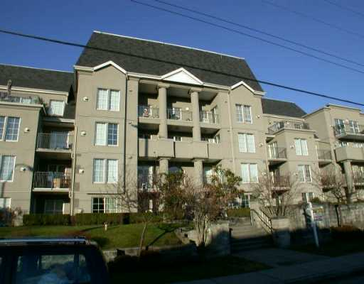 "Main Photo: 408 1669 GRANT AV in Port Coquiltam: Glenwood PQ Condo for sale in ""THE CHARLESTON"" (Port Coquitlam)  : MLS®# V568846"