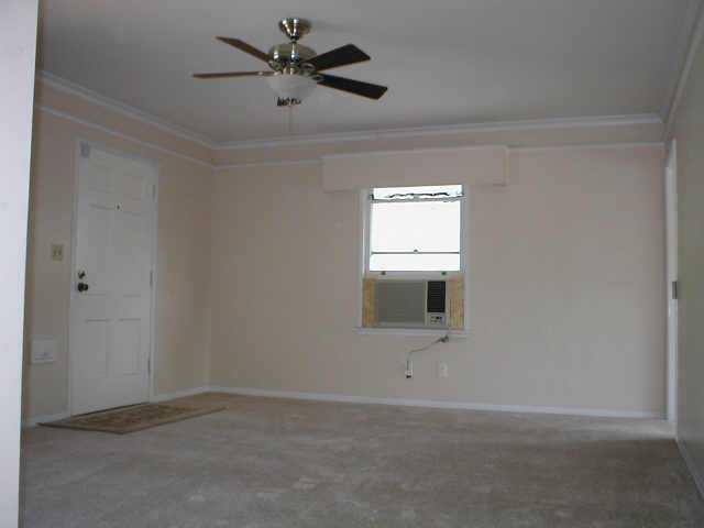 Photo 3: Residential Rental for sale or rent : 2 bedrooms : 4612 Fourth St