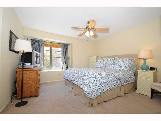 Photo 11: CARMEL VALLEY Townhome for sale : 2 bedrooms : 12561 Caminito Mira Del Mar in San Diego