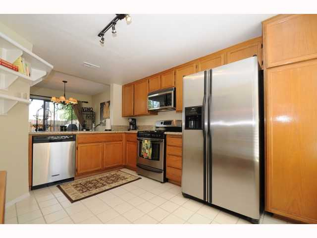 Photo 6: CARMEL VALLEY Townhome for sale : 2 bedrooms : 12561 Caminito Mira Del Mar in San Diego