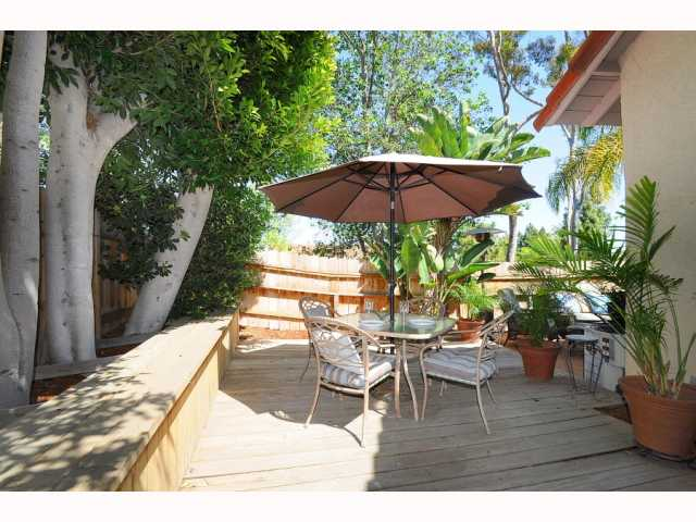 Photo 3: CARMEL VALLEY Townhome for sale : 2 bedrooms : 12561 Caminito Mira Del Mar in San Diego