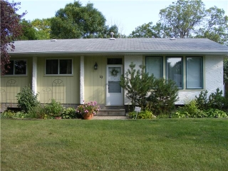 Main Photo: 10 JASMINE Close in WINNIPEG: Charleswood Residential for sale (South Winnipeg)  : MLS(r) # 1018740