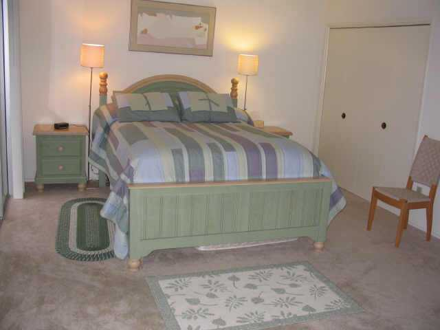 Photo 3: CLAIREMONT Residential for sale : 4 bedrooms : 4038 Mount Acadia Blvd. in San Diego