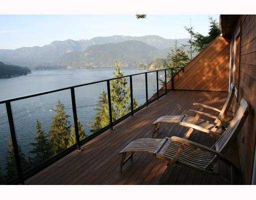 Main Photo: 4720 EASTRIDGE Road in North_Vancouver: Deep Cove House for sale (North Vancouver)  : MLS(r) # V748012