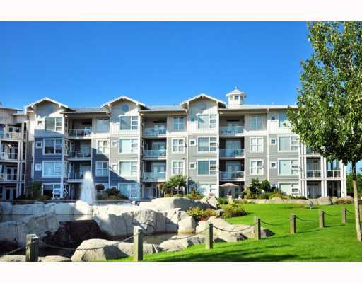 "Main Photo: 203 4600 WESTWATER Drive in Richmond: Steveston South Condo for sale in ""COPPERSKY"" : MLS®# V782153"