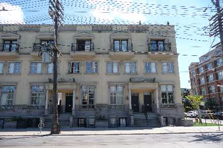 Main Photo: 945 W Queen Street in Toronto: House (3-Storey) for lease (C01: TORONTO)  : MLS(r) # C1921013