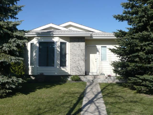 Main Photo: 147 LUCAS Avenue in WINNIPEG: Maples / Tyndall Park Residential for sale (North West Winnipeg)  : MLS®# 1020813