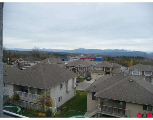 Photo 9: 3537 SUMMIT Drive in Abbotsford: Abbotsford West House for sale : MLS® # F2832440