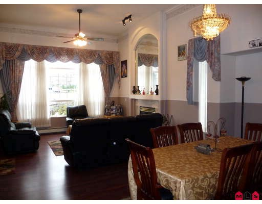 Photo 4: 3537 SUMMIT Drive in Abbotsford: Abbotsford West House for sale : MLS® # F2832440
