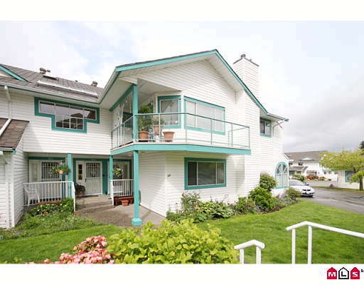 "Main Photo: 304 21937 48TH Avenue in Langley: Murrayville Condo for sale in ""ORANGEWOOD"" : MLS(r) # F2910537"