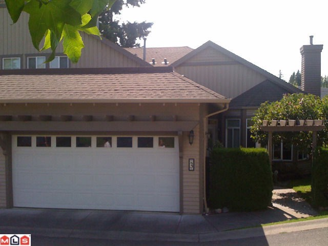 "Photo 2: 3 14909 32ND Avenue in Surrey: King George Corridor Townhouse for sale in ""Ponderosa Station"" (South Surrey White Rock)  : MLS(r) # F1101085"
