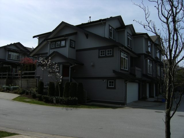 Main Photo: 41 18828 69TH Avenue in Surrey: Clayton Townhouse for sale (Cloverdale)  : MLS® # F1010335