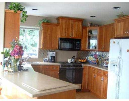 Photo 4: Photos: 6274 FAIRWAY AV in Sechelt: Sechelt District House for sale (Sunshine Coast)  : MLS® # V555081