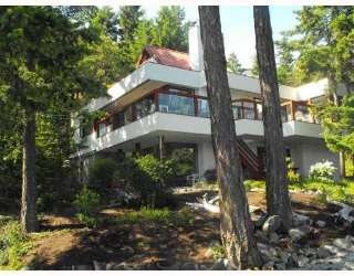 Main Photo: 9166 IONIAN Road in Halfmoon Bay: Halfmn Bay Secret Cv Redroofs House for sale (Sunshine Coast)  : MLS® # V774333