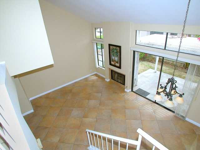 Photo 6: CARMEL VALLEY Townhome for sale : 2 bedrooms : 3663 Caminito Cielo Del Mar in San Diego
