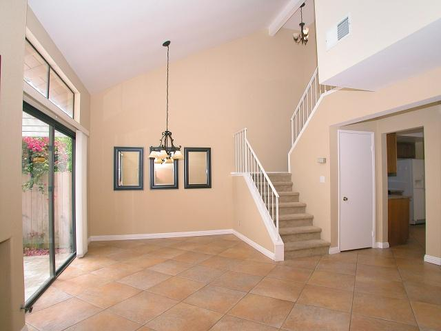 Photo 3: CARMEL VALLEY Townhome for sale : 2 bedrooms : 3663 Caminito Cielo Del Mar in San Diego
