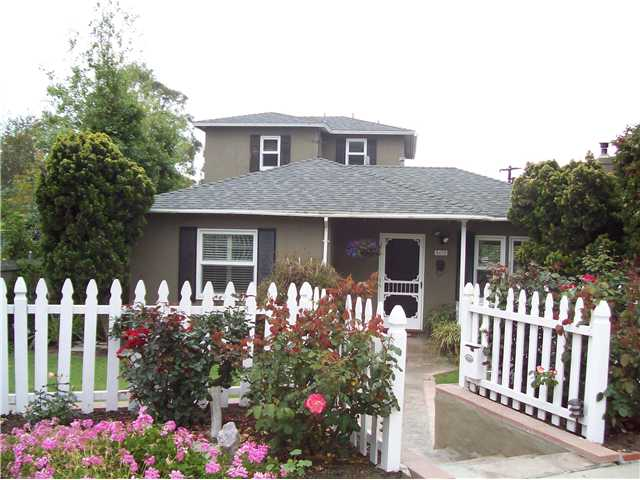 Main Photo: LA JOLLA Home for sale or rent : 3 bedrooms : 5432 Taft