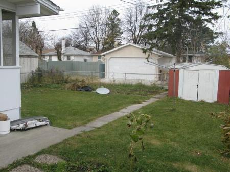 Photo 15: Photos: 667 MANHATTAN Avenue in Winnipeg: Residential for sale (Elmwood)  : MLS®# 1121797