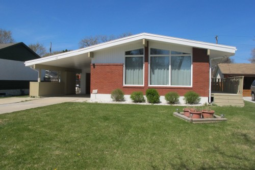Main Photo:  in Winnipeg: Residential for sale : MLS® # 1307098