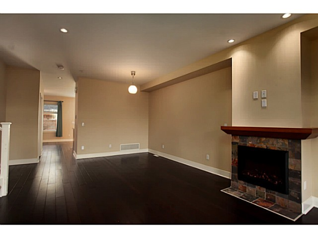 "Photo 3: 224 BROOKES Street in New Westminster: Queensborough Townhouse for sale in ""PORT ROYAL"" : MLS® # V1047643"