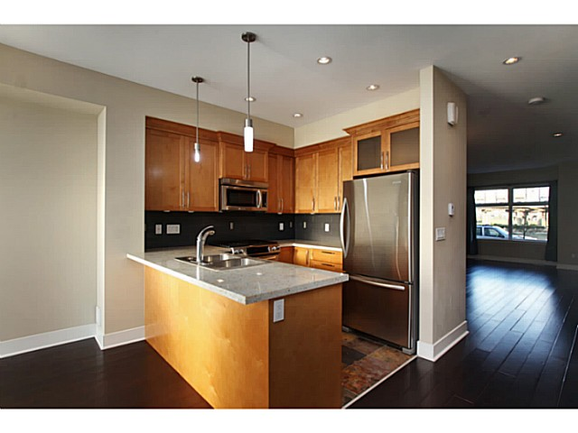 "Photo 5: 224 BROOKES Street in New Westminster: Queensborough Townhouse for sale in ""PORT ROYAL"" : MLS® # V1047643"