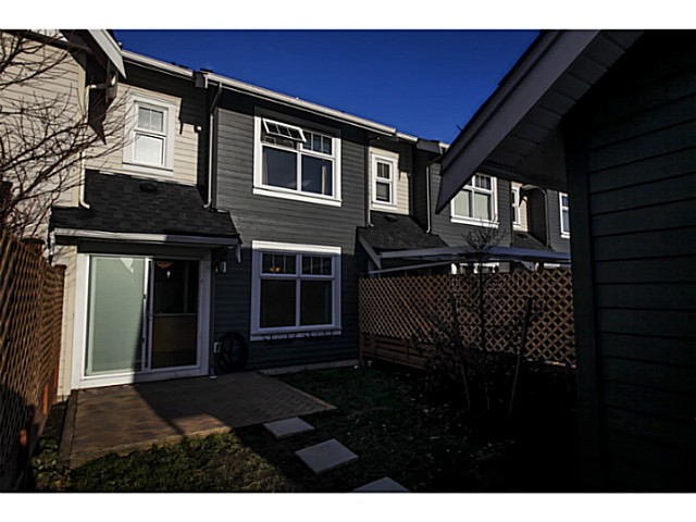 "Photo 16: 224 BROOKES Street in New Westminster: Queensborough Townhouse for sale in ""PORT ROYAL"" : MLS® # V1047643"