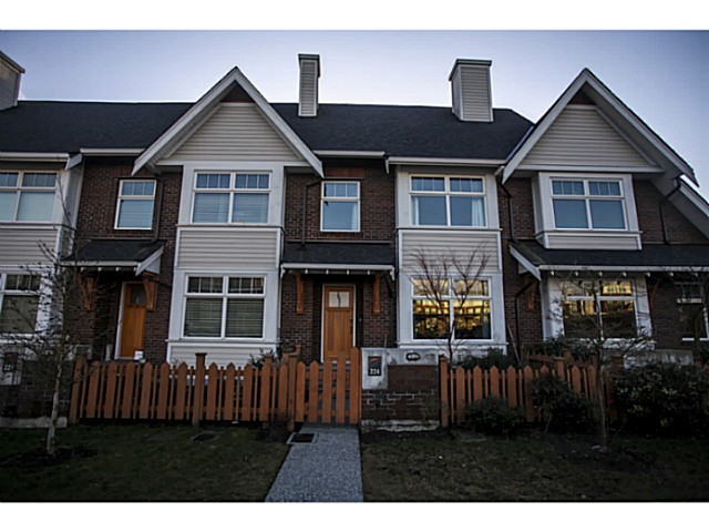 "Main Photo: 224 BROOKES Street in New Westminster: Queensborough Townhouse for sale in ""PORT ROYAL"" : MLS(r) # V1047643"
