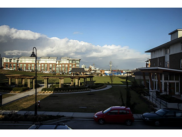 "Photo 17: 224 BROOKES Street in New Westminster: Queensborough Townhouse for sale in ""PORT ROYAL"" : MLS® # V1047643"