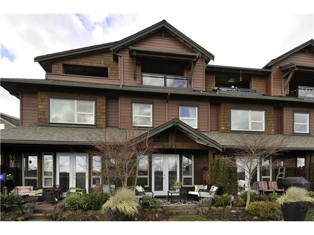"Main Photo: 121 240 SALTER Street in New Westminster: Queensborough Townhouse for sale in ""REGATTA"" : MLS® # V1048402"