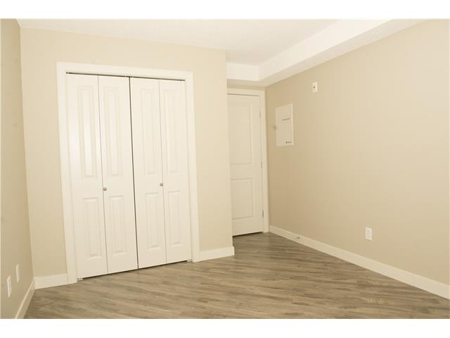 Photo 18: 206 120 COUNTRY VILLAGE Circle NE in Calgary: Country Hills Village Condo for sale : MLS(r) # C4028039