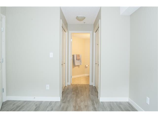 Photo 14: 206 120 COUNTRY VILLAGE Circle NE in Calgary: Country Hills Village Condo for sale : MLS(r) # C4028039