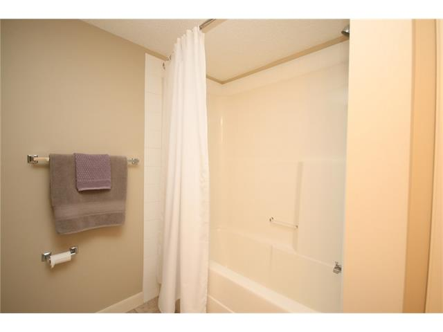 Photo 20: 206 120 COUNTRY VILLAGE Circle NE in Calgary: Country Hills Village Condo for sale : MLS(r) # C4028039