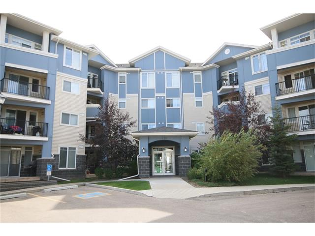Photo 2: 206 120 COUNTRY VILLAGE Circle NE in Calgary: Country Hills Village Condo for sale : MLS(r) # C4028039