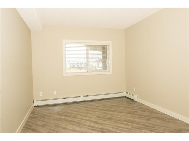 Photo 17: 206 120 COUNTRY VILLAGE Circle NE in Calgary: Country Hills Village Condo for sale : MLS(r) # C4028039