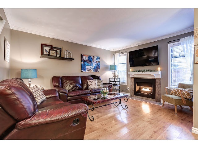 Photo 8: 13 20653 THORNE Avenue in Maple Ridge: Southwest Maple Ridge Townhouse for sale : MLS(r) # R2019455