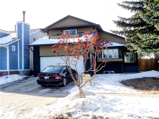 Photo 2: 13903 DEER RUN Boulevard SE in Calgary: Deer Run House for sale : MLS® # C4048969