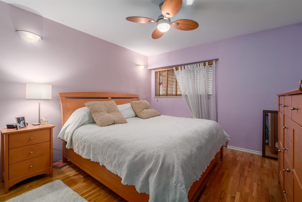 Photo 11: 2653 TRINITY Street in Vancouver: Hastings East House for sale (Vancouver East)  : MLS(r) # R2044398