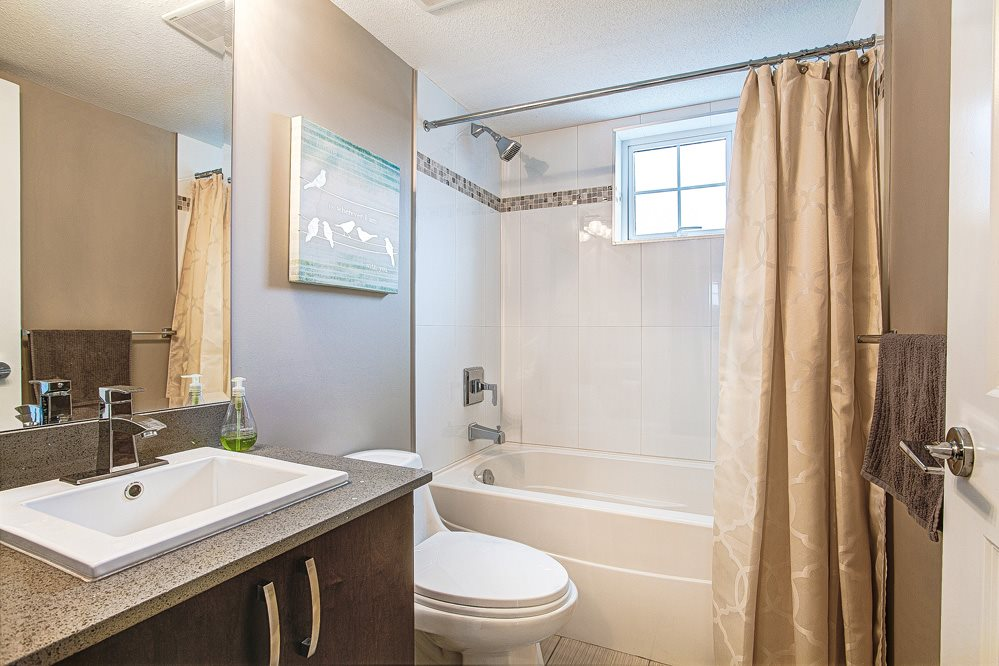 "Photo 10: 9 838 ROYAL Avenue in New Westminster: Downtown NW Townhouse for sale in ""Brickstone Walk"" : MLS(r) # R2044563"