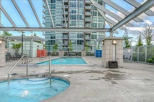 "Photo 7: 1801 2978 GLEN Drive in Coquitlam: North Coquitlam Condo for sale in ""GRAND CENTRAL"" : MLS® # R2058608"