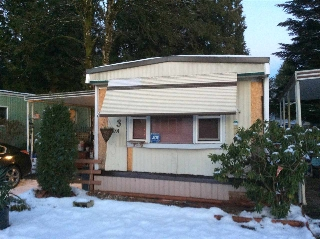 "Main Photo: 3 21091 LOUGHEED Highway in Maple Ridge: Southwest Maple Ridge Manufactured Home for sale in ""Val Marie"" : MLS® # R2127752"
