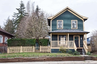 "Main Photo: 1121 EIGHTH Avenue in New Westminster: Moody Park House for sale in ""MOODY PARK"" : MLS(r) # R2147964"