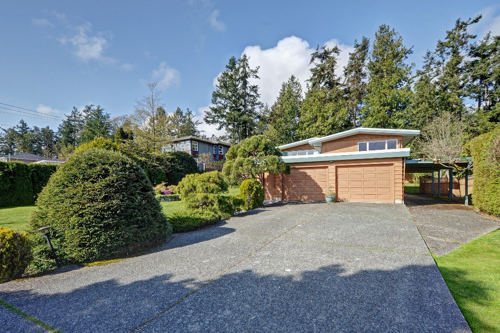 Photo 18: 5276 Parker Avenue in VICTORIA: SE Cordova Bay Single Family Detached for sale (Saanich East)  : MLS(r) # 376598