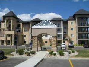 Main Photo: 105 14608 125 in Edmonton: Zone 27 Condo for sale : MLS(r) # E4068941