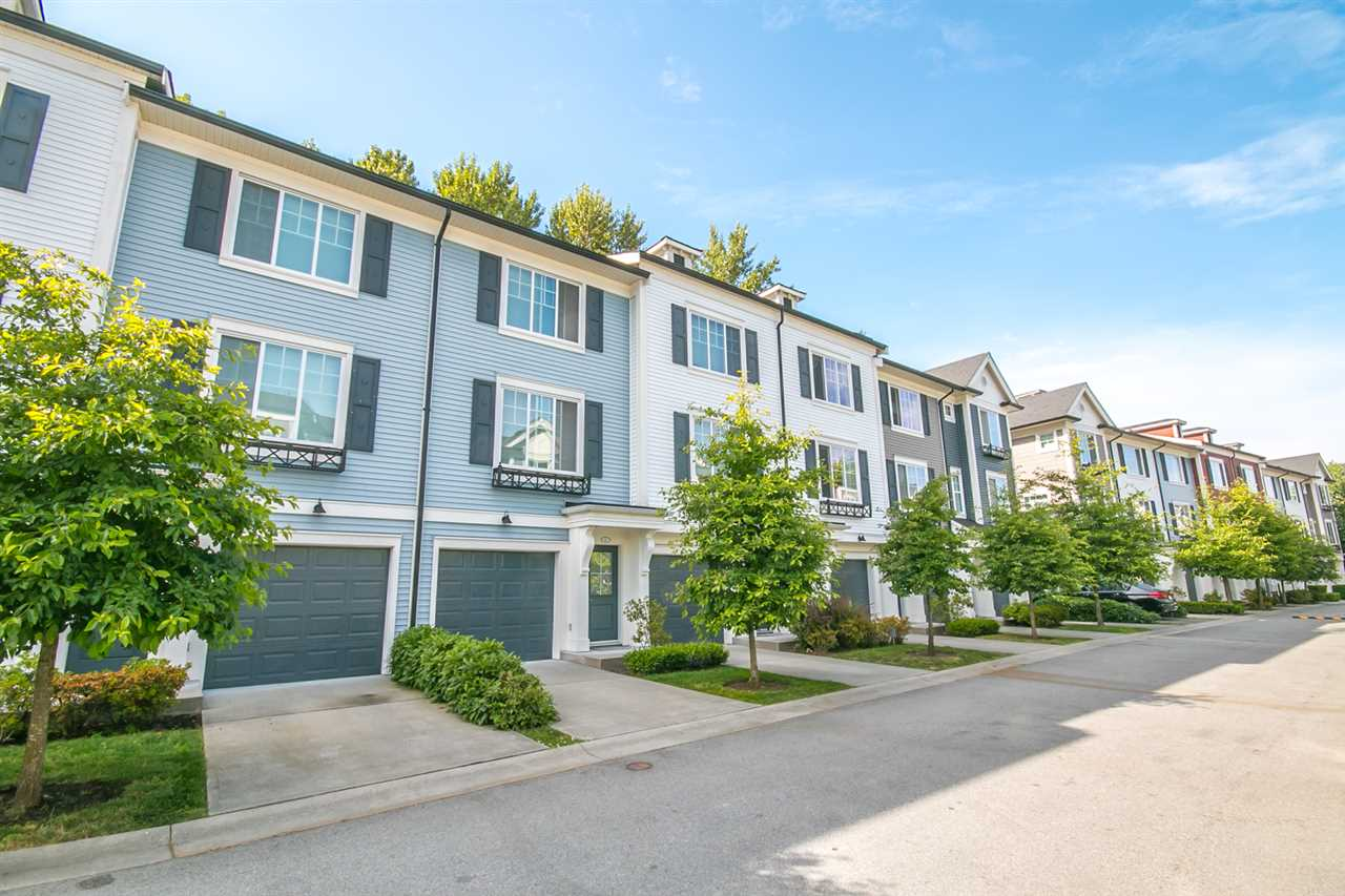 "Main Photo: 87 3010 RIVERBEND Drive in Coquitlam: Coquitlam East Townhouse for sale in ""WESTWOOD"" : MLS® # R2187222"