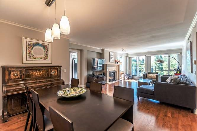 Main Photo: 302 638 W 45TH Avenue in Vancouver: Oakridge VW Condo for sale (Vancouver West)  : MLS® # R2190139