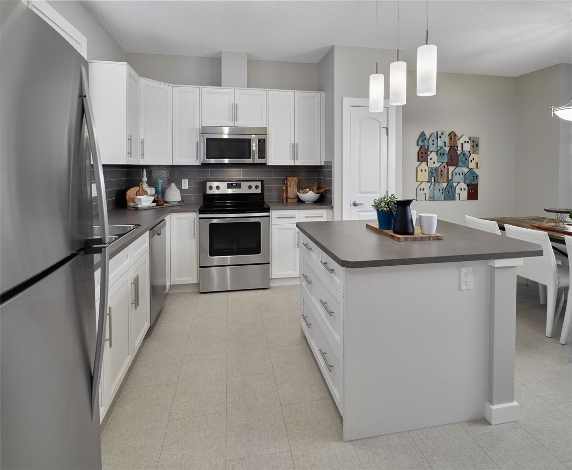 Main Photo:  in Edmonton: Zone 55 Attached Home for sale : MLS(r) # E4074740