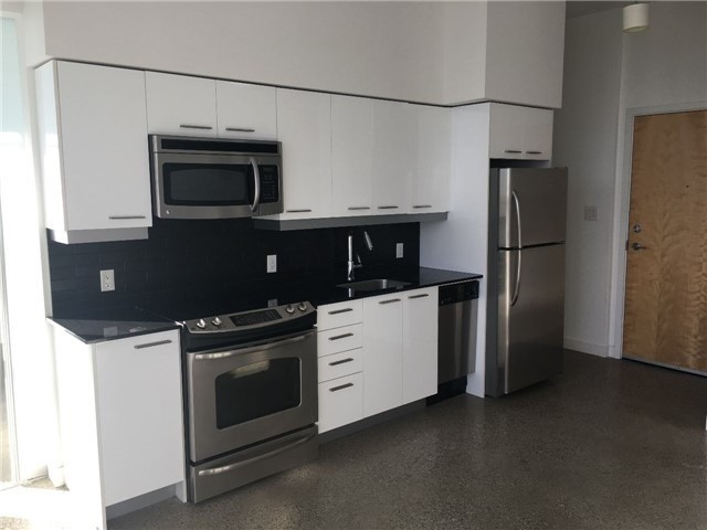 Photo 2: 704 510 E King Street in Toronto: Moss Park Condo for lease (Toronto C08)  : MLS® # C3880414