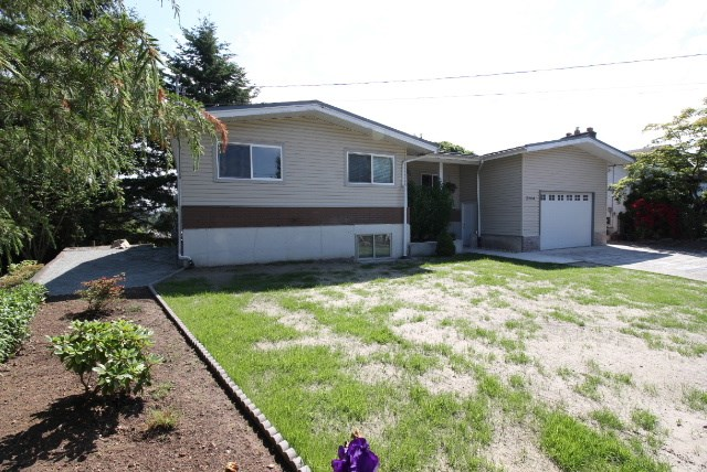 Main Photo: 2164 DOLPHIN Crescent in Abbotsford: Abbotsford West House for sale : MLS® # R2203067